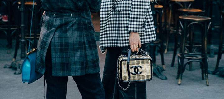 Street style with Chanel bag!